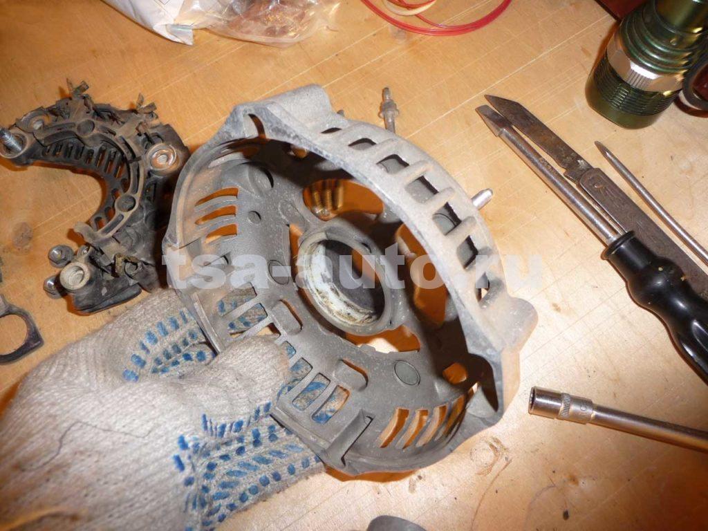 генератор форд фокус 2 задняя крышка