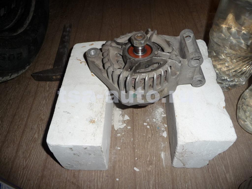 генератор форд фокус 2 выбивание вала