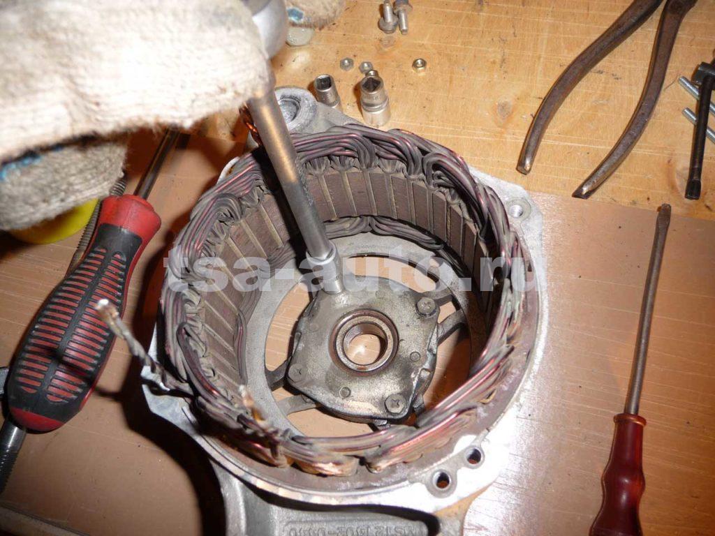 генератор форд фокус 2 пластина подшипника