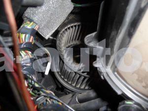 вентилятор отопителя Форд Фокус 2