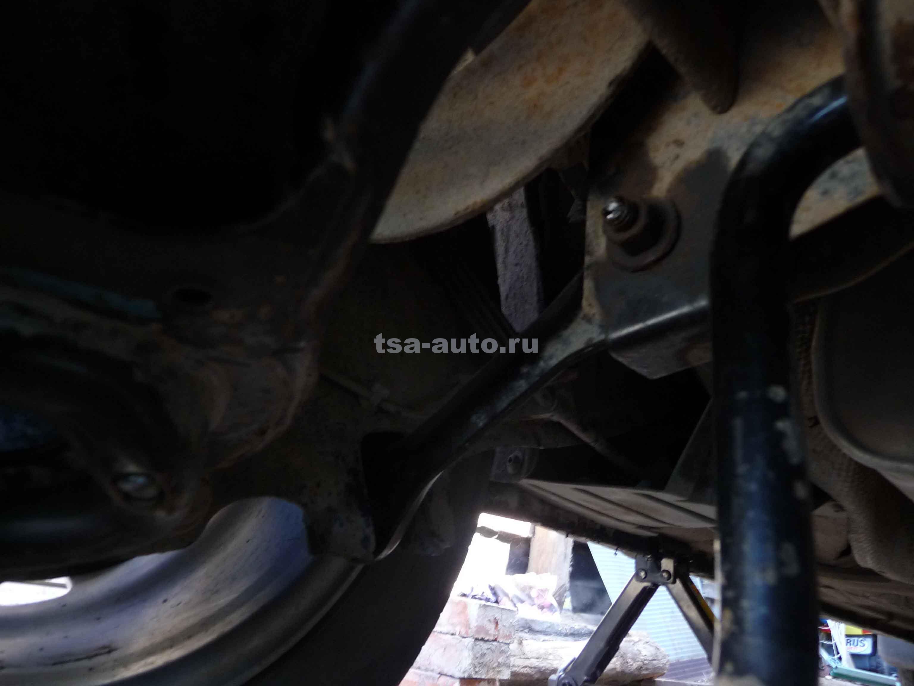 Установка задних рычагов на Форд Фокус 2
